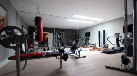 浦建大厦健身房装修效果图