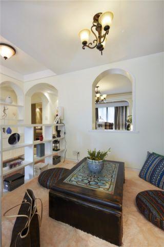客厅隔断地中海风格装饰效果图
