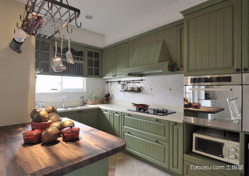 厨房绿色橱柜田园风格装饰效果图