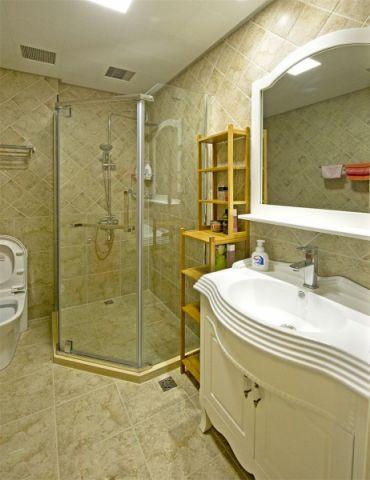 卫生间洗漱台地中海风格装修设计图片