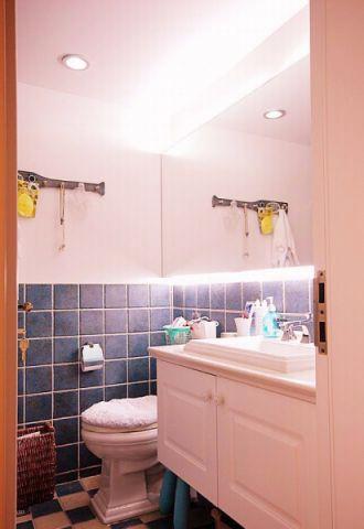 卫生间白色吊顶欧式风格装潢设计图片