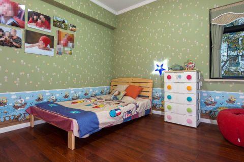 儿童房照片墙美式风格装潢设计图片