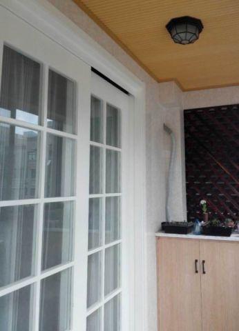 阳台推拉门现代简约风格效果图