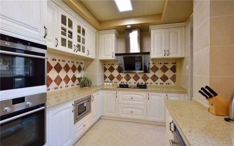 厨房白色橱柜简欧风格装饰图片