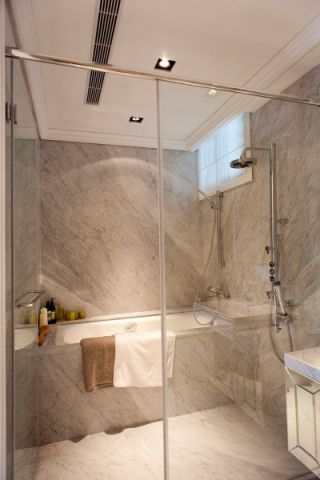 卫生间白色吊顶欧式风格装饰效果图