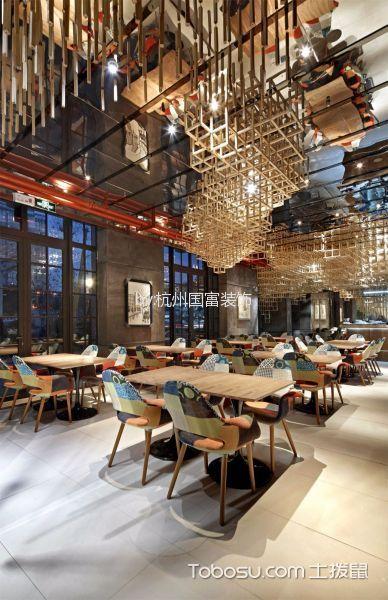 音乐餐厅餐桌装修实景图片
