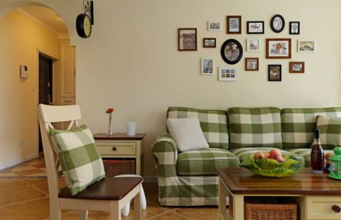客厅照片墙田园风格装饰图片