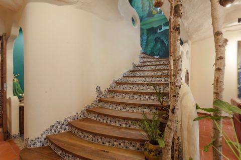 客厅楼梯混搭风格装潢图片