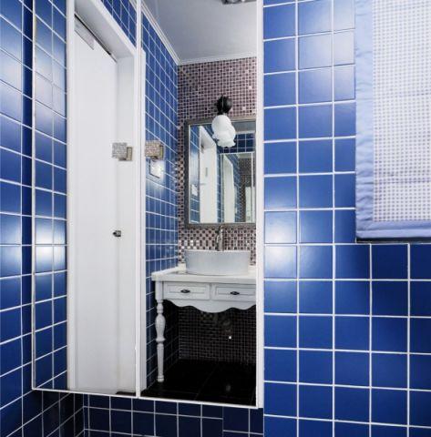 卫生间蓝色背景墙混搭风格装饰设计图片