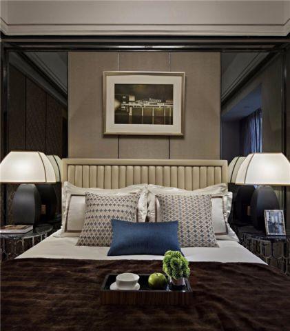 卧室咖啡色背景墙现代简约风格装修效果图