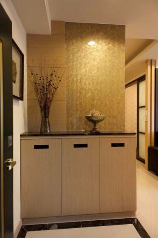 玄关黄色鞋柜现代简约风格装潢效果图