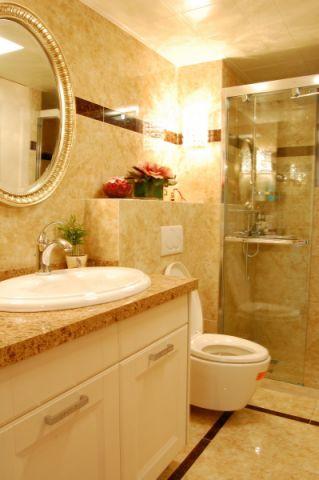 卫生间黄色背景墙简欧风格装修设计图片