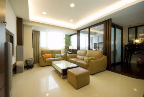 客厅隔断现代简约风格装修效果图