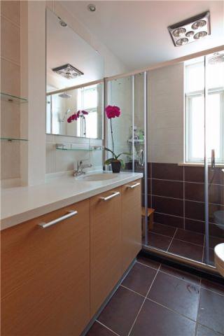 卫生间推拉门现代简约风格装潢效果图