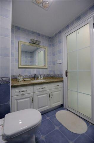 卫生间吊顶美式风格装潢效果图
