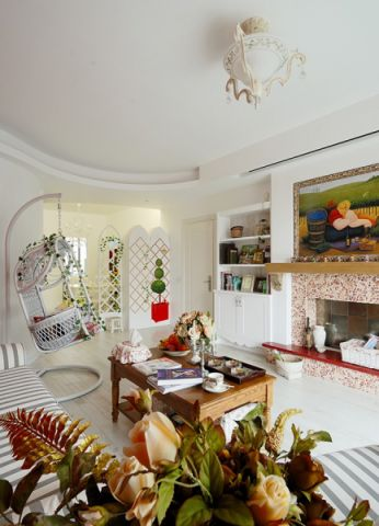 客厅吊顶后现代风格效果图