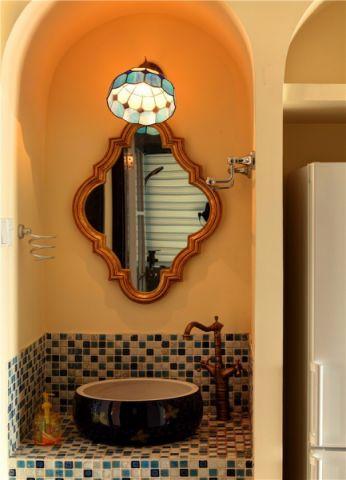 卫生间背景墙地中海风格装饰图片