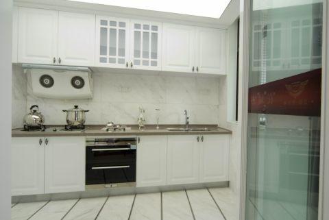 厨房橱柜欧式风格装修图片