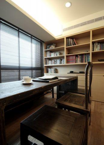 书房博古架法式风格装饰图片
