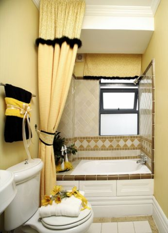 卫生间窗帘现代简约风格装修图片