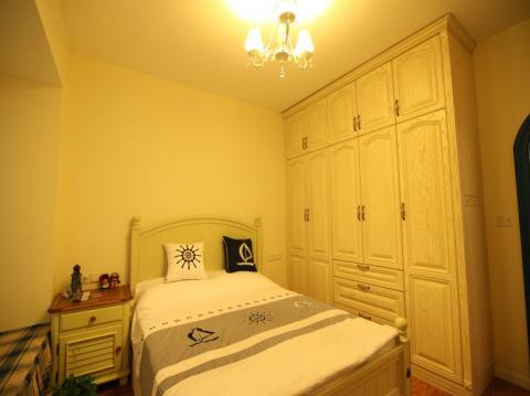 卧室衣柜田园风格装饰设计图片
