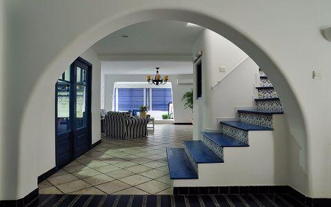 客厅楼梯地中海风格装潢设计图片