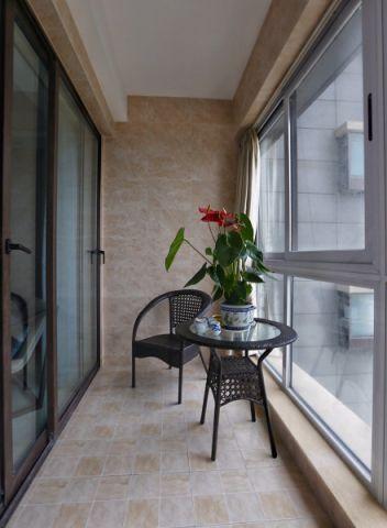 阳台灰色推拉门现代简约风格装潢设计图片