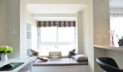 客厅榻榻米现代简约风格装修设计图片