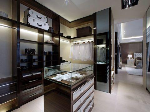衣帽间白色吊顶美式风格装修设计图片