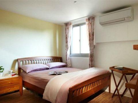 卧室彩色窗帘田园风格装修设计图片