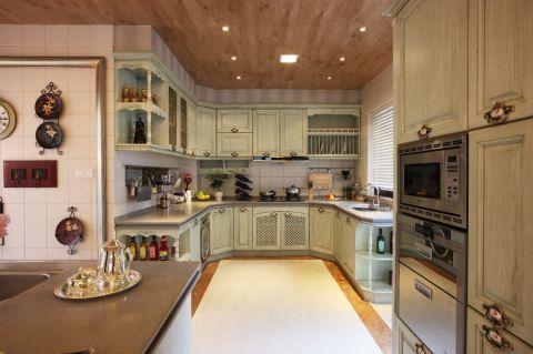 小巧玲珑厨房木格栅吊顶构造图