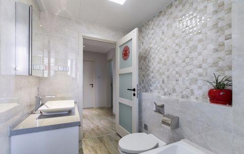 卫生间米色背景墙现代风格装饰图片