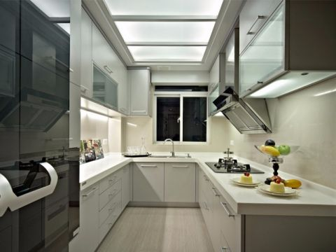 厨房白色橱柜简约风格装潢设计图片