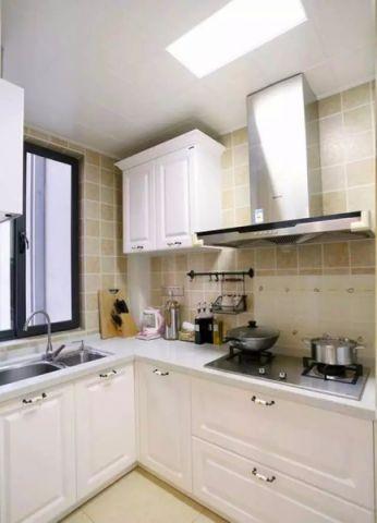 厨房吊顶简欧风格效果图