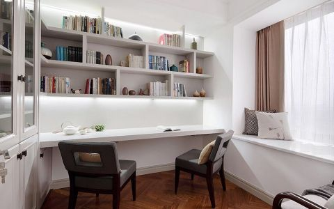 书房飘窗现代风格装饰图片