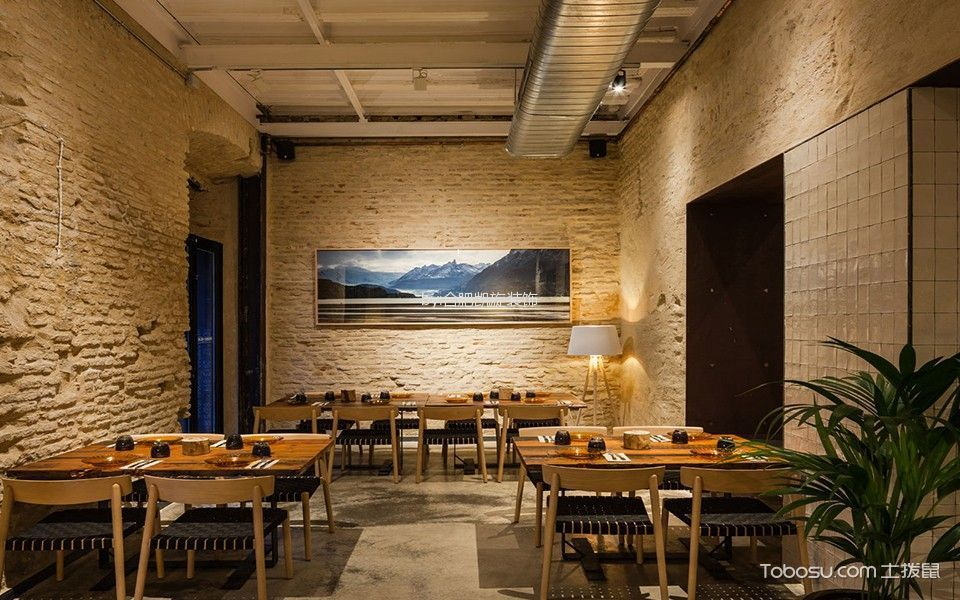 主题餐厅走廊装修设计图片