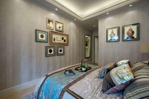 卧室照片墙法式风格装修设计图片
