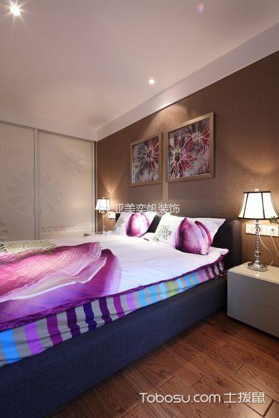 卧室咖啡色照片墙现代风格装潢设计图片