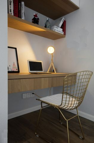 书房咖啡色书桌简约风格装潢设计图片