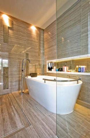 浴室浴缸混搭风格装潢效果图