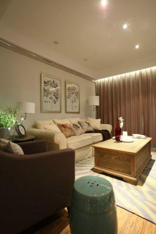 客厅白色照片墙简约风格装潢图片