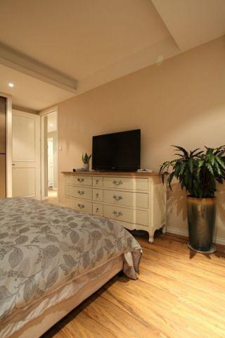 卧室黄色地板砖简约风格装修设计图片