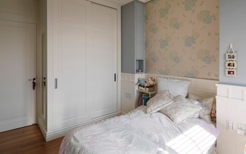 卧室米色床美式风格装修效果图