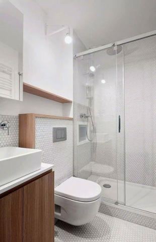 卫生间博古架现代简约风格装潢图片