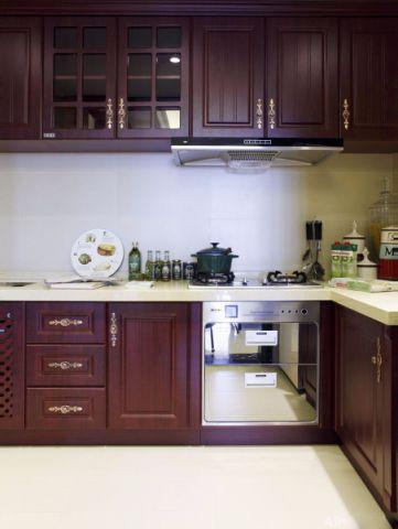 厨房吧台新古典风格装潢设计图片