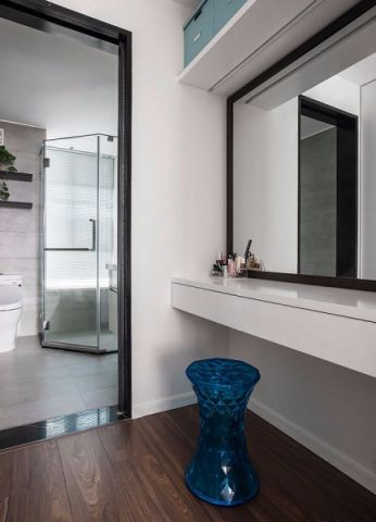 卫生间地板砖简约风格装饰设计图片
