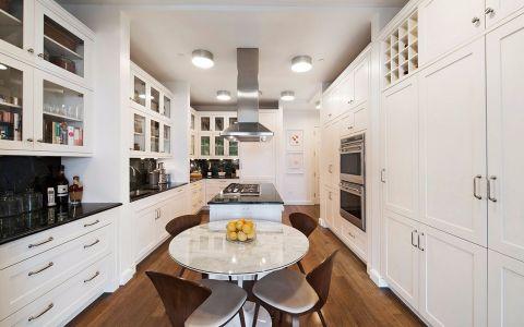 厨房餐桌简欧风格效果图