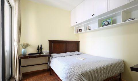 卧室床美式风格装修效果图