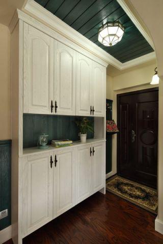 玄关白色门厅欧式风格装潢效果图