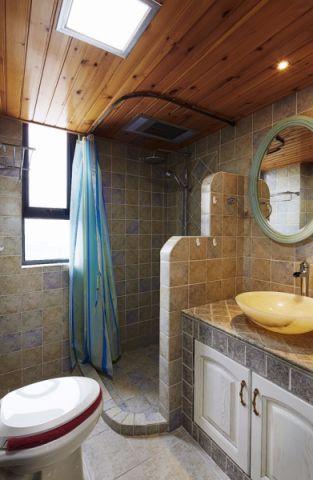 地中海卫生间木格栅吊顶装修案例图片